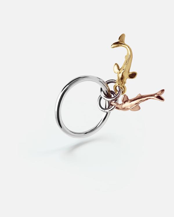 Кольцо с двумя золотыми рыбками