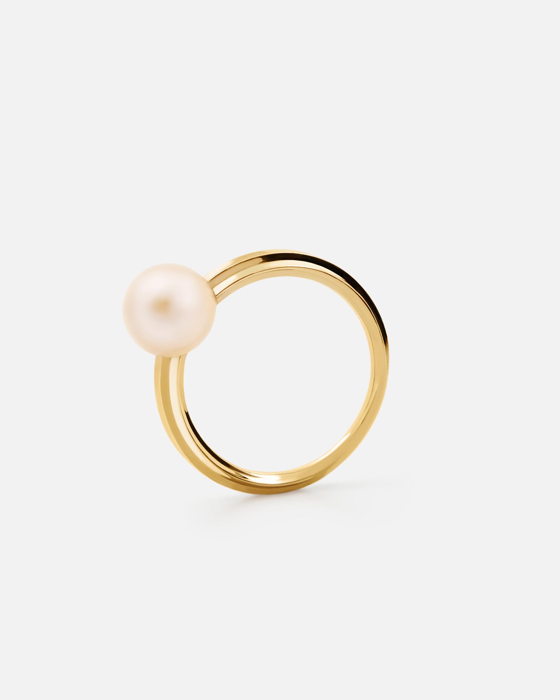 Кольцо с жемчужиной в желтом золоте