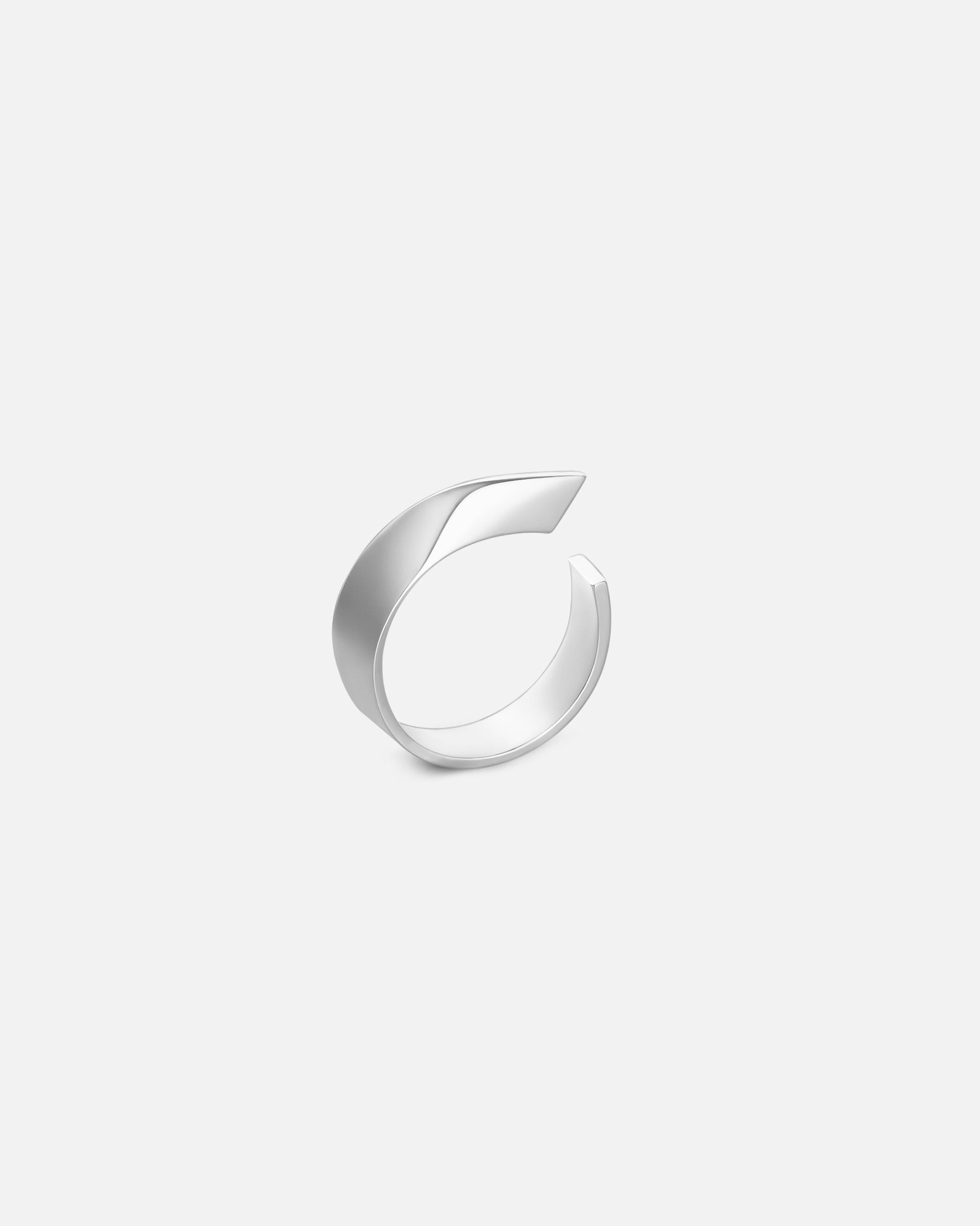 Кольцо «Эфир» смотрящее в правую сторону